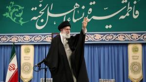 ایرانی قوم امریکہ کے مقابلے میں پوری قوت کے ساتھ ڈٹی رہے گی