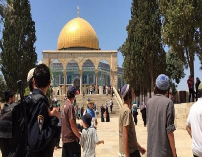 اسرائیلی باشندوں کا مسجد اقصی پر حملہ