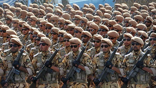 ایرانی فوج کے دل میں امریکہ اور دیگر سامراجی طاقتوں کا خوف نہیں بلکہ اس کے دل میں اللہ تعالی کا خوف ہے
