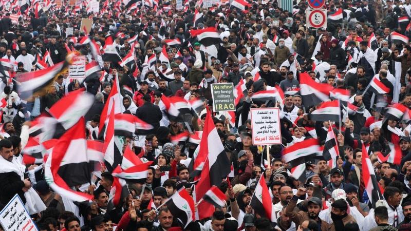 عراق میں امریکہ کے خلاف تاریخی احتجاج