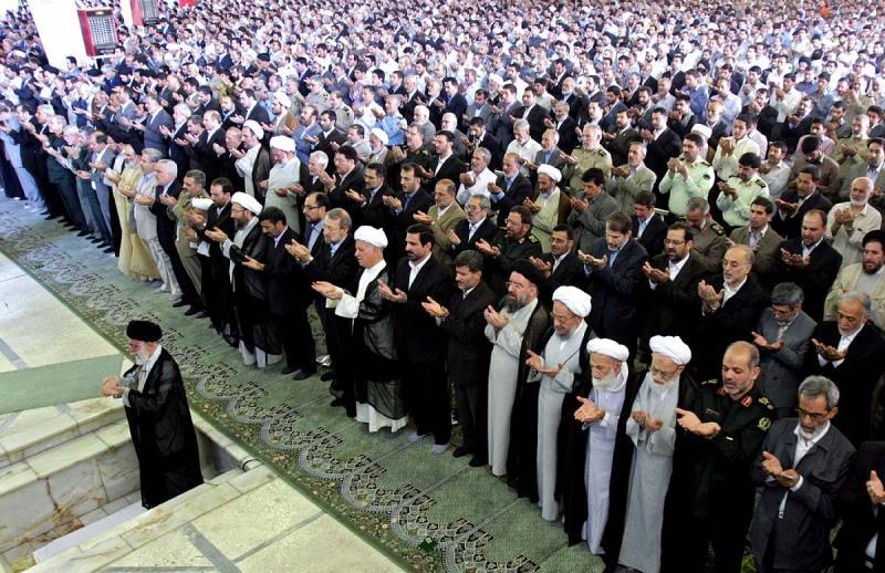 نماز جماعت میں امام اور ماموم کے درمیان رکاوٹ کا کیا مطلب ہے؟
