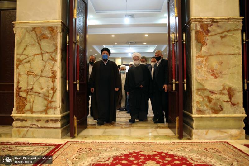اسلامی انقلاب کے سالگرہ کے موقع پر؛ ایرانی صدر اور ان کی کابینہ کی حرم امام خمینی (رح) میں حاضری اور ان کی تمناؤں سے تجدید عہد/ 2021ء