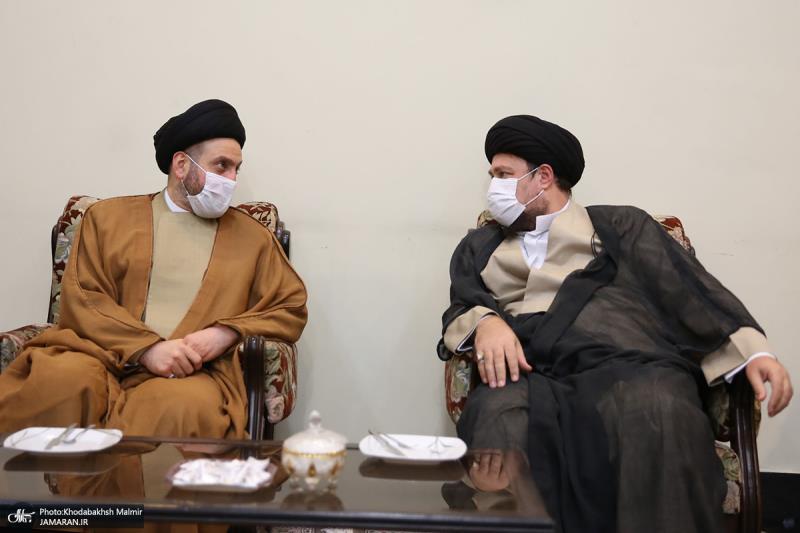 عراق کے سیاسی اور دینی رہنما سید عمار حکیم نے امام خمینی﴿رح﴾ کے مزار پر حاضری دے کر فاتحہ خوانی کی