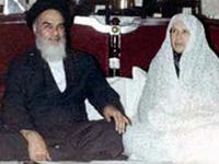 کیا امام خمینی(رح) برقعہ نہ پہننے والی خواتین سے ملتے تھے؟