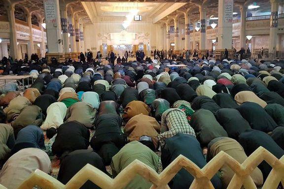 کیا وہ تاریکی یا غبار جو امام کو دیکھنے سے مانع ہو تو اسے حائل سمجھا جاتا ہے؟