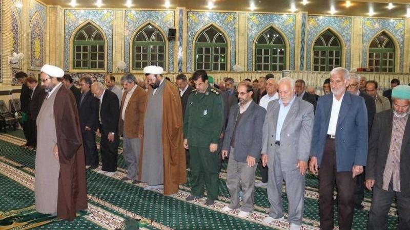 اگر کوئی شخص آخری دو رکعتوں  میں رکوع سے پہلے امام سے مل جائے تو کیا اسے قرات واجب ہے؟