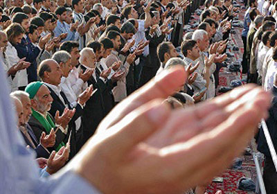 کیا کوئی بھی نماز جماعت میں  کسی بھی مقام پر فرادی کی نیّت کرسکتے ہیں؟