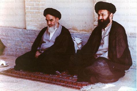 امام خمینی (رح) کی موجودگی میں محفل انس با قرآن