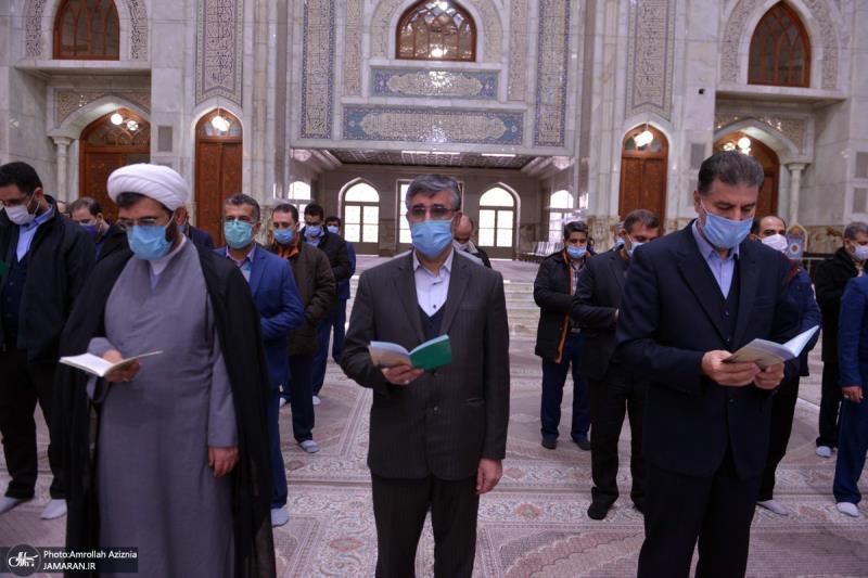 عشره فجر کے موقع پر؛ عوام کے مختلف طبقات سے وابستہ افراد کی حرم امام خمینی (رح) میں حاضری اور ان کی تمناؤں سے تجدید عہد-2 /2021ء