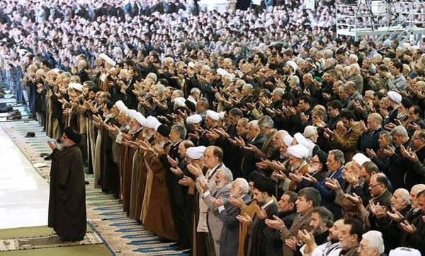 نماز جماعت منعقد ہونے کی تعداد کتنی ہے؟