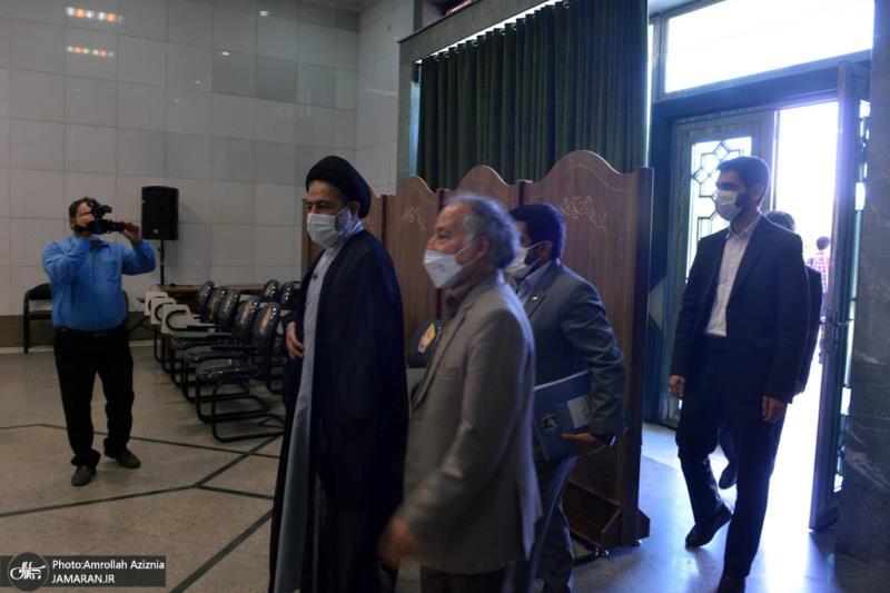 امام خمینی (رح) کی برسی کی مناسبت سے؛ حج و زیارت آرگنائزیشن کے کارکنوں کی حرم امام میں حاضری اور ان کی تمناؤں سے تجدید عہد/ 2021ء