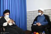 تصویر رپورٹ/موسسہ تنظیم و نشر آثار امام خمینی کے سربراہ نے قم حوزہ علمیہ قم کی سپریم کونسل کے سربراہ سے ملاقات کی
