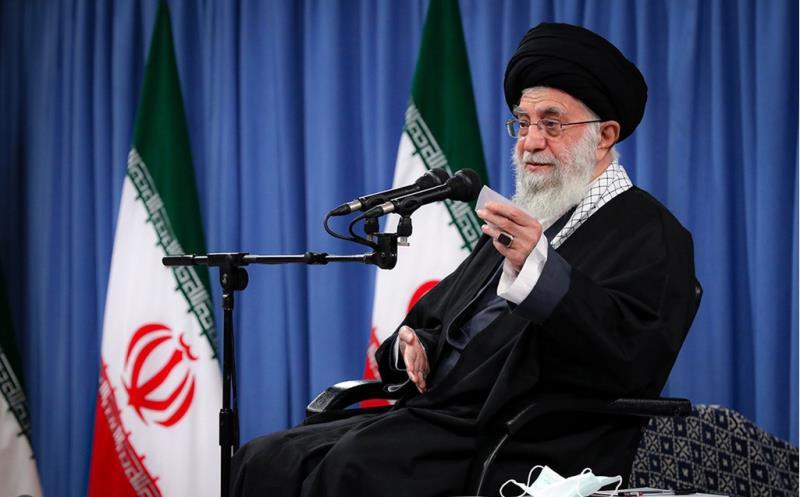 رہبر معظم انقلاب اسلامی حضرت آیت اللہ العظمی خامنہ ای کا ایرانی فضائیہ سے اہم خطاب میں امریکہ کو وارننگ